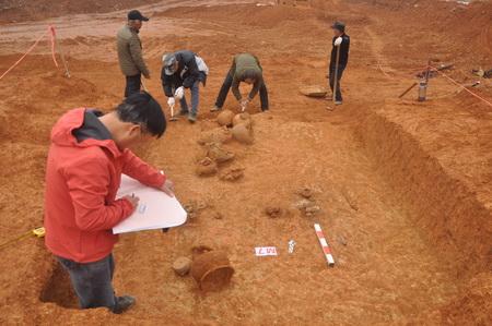 湘潭县雷公塘墓群新发现战国至唐代墓葬